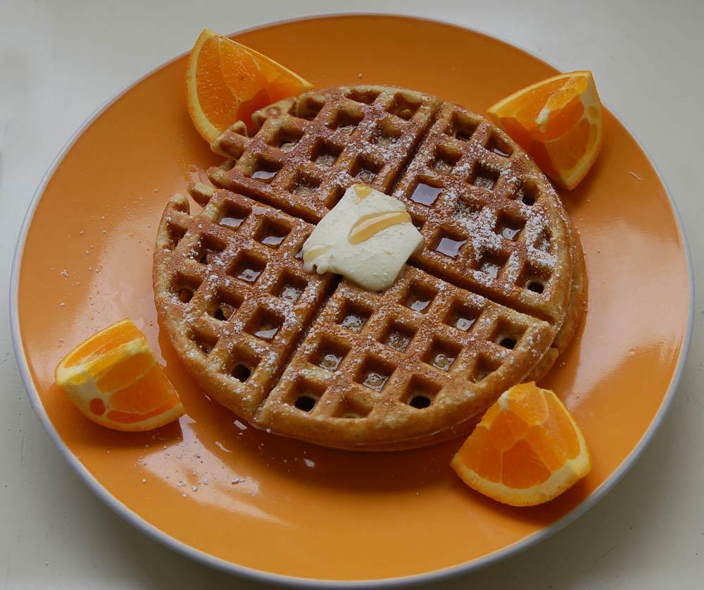 mmmmmmm....waffles....Almond Flour Waffles!!!!