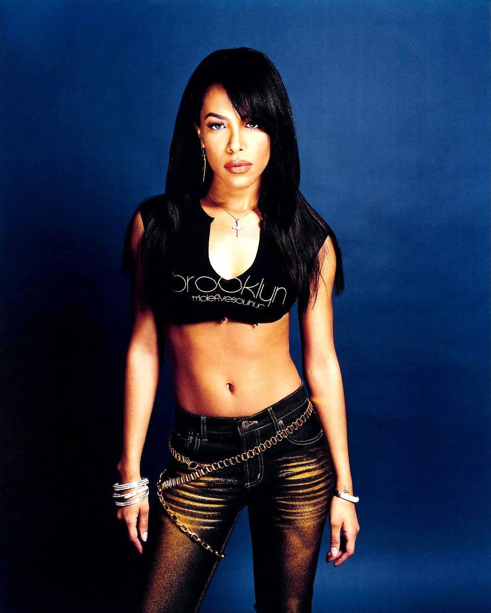 Aaliyah Nude Photos 5